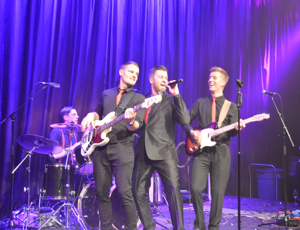 Live music, party band, wedding band, corporate entertainment